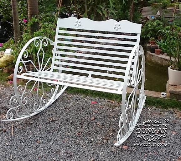 Beautiful iron rocking chair DA14 - XD06