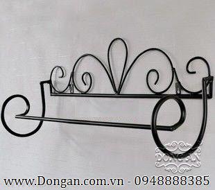 Giá treo đẹp bằng sắt mỹ thuật DA13-GT02
