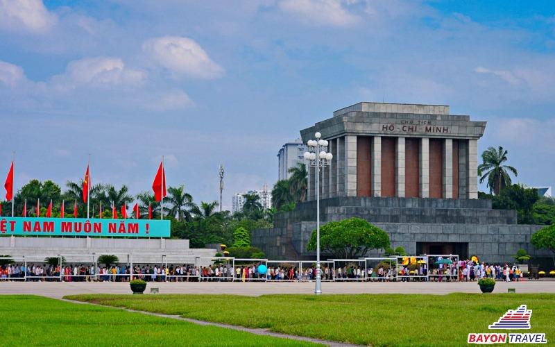 Tour du lịch Hà Nội- Bái Đính- Tràng An- Hạ Long- Yên Tử- Hà Nội 4N3Đ