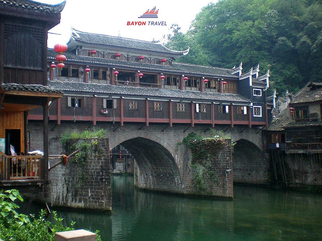 (5N4Đ) Tour du lịch Phượng Hoàng cổ trấn Trương Gia Giới