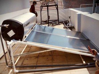 Lắp máy nước nóng Solahart trên mặt sàn An Toàn, Chuyên Nghiệp