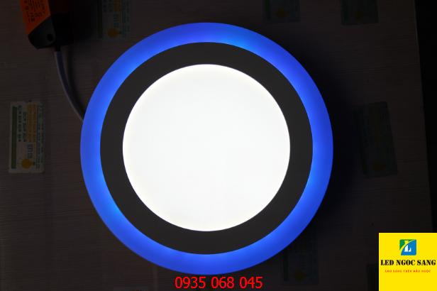 Đèn ốp nổi viền xanh dương 18W