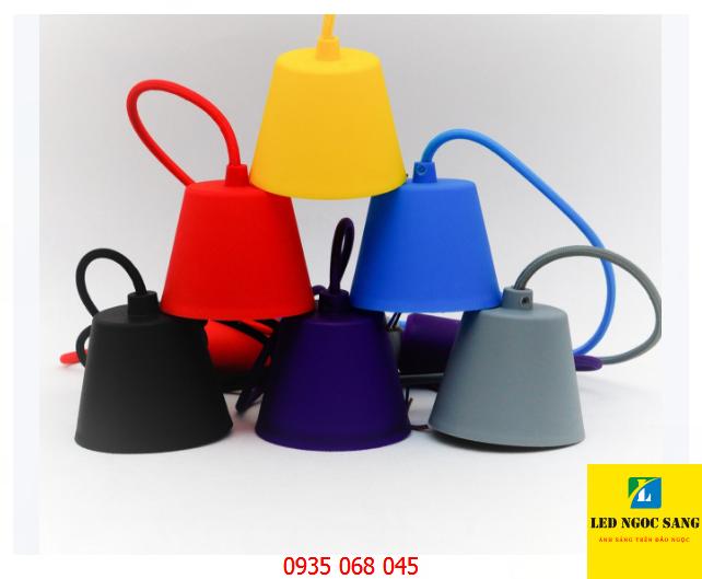 Đui đèn thả nhựa màu