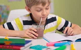 Tác dụng của ca cao đối với trẻ em mà cha mẹ nào cũng nên biết