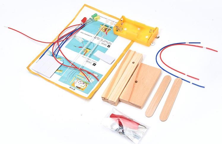 Trụ đèn giao thông- đồ chơi STEM - đồ chơi mô hình - đồ chơi lắp ráp