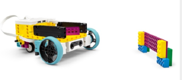 robot giao hàng lego spike prime