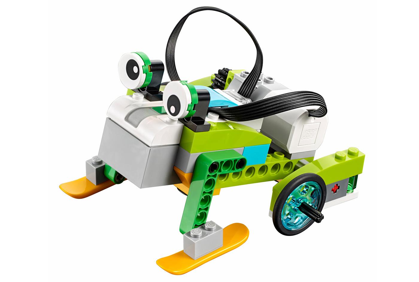 GIÁ RẺ 3.600.000 - Lego Wedo 2.0 - Milo 45300 Đồ Chơi Lego Education