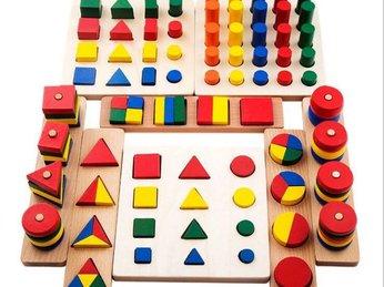 Đồ chơi Montessori: phát triển trí tuệ cho trẻ từ 12 tháng tuổi