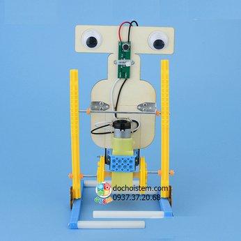 Robot điều khiển bằng âm thanh - đồ chơi STEM thông minh