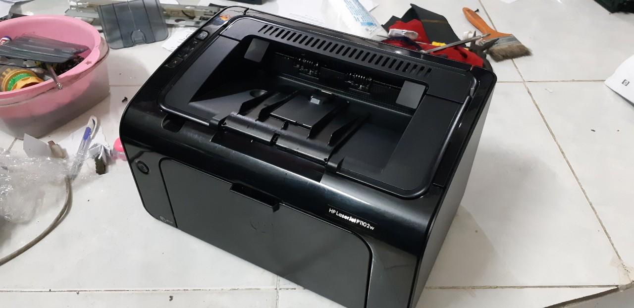 Bán máy in HP1102w wireless |máy in cũ in qua wifi hp 1102w trắng đen