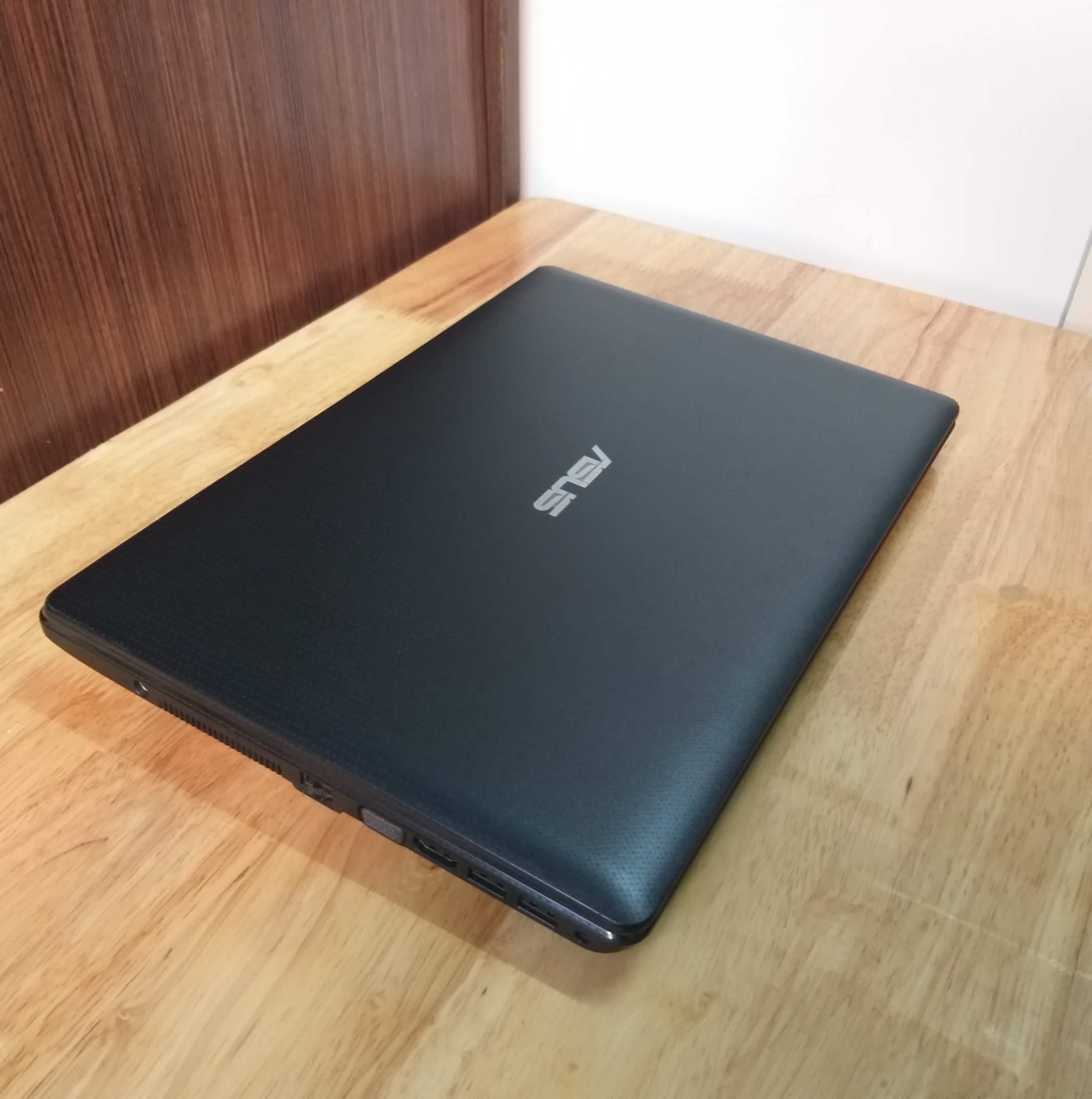 Laptop Asus X451, I3 3217U RAM 4GB HDD 500GB