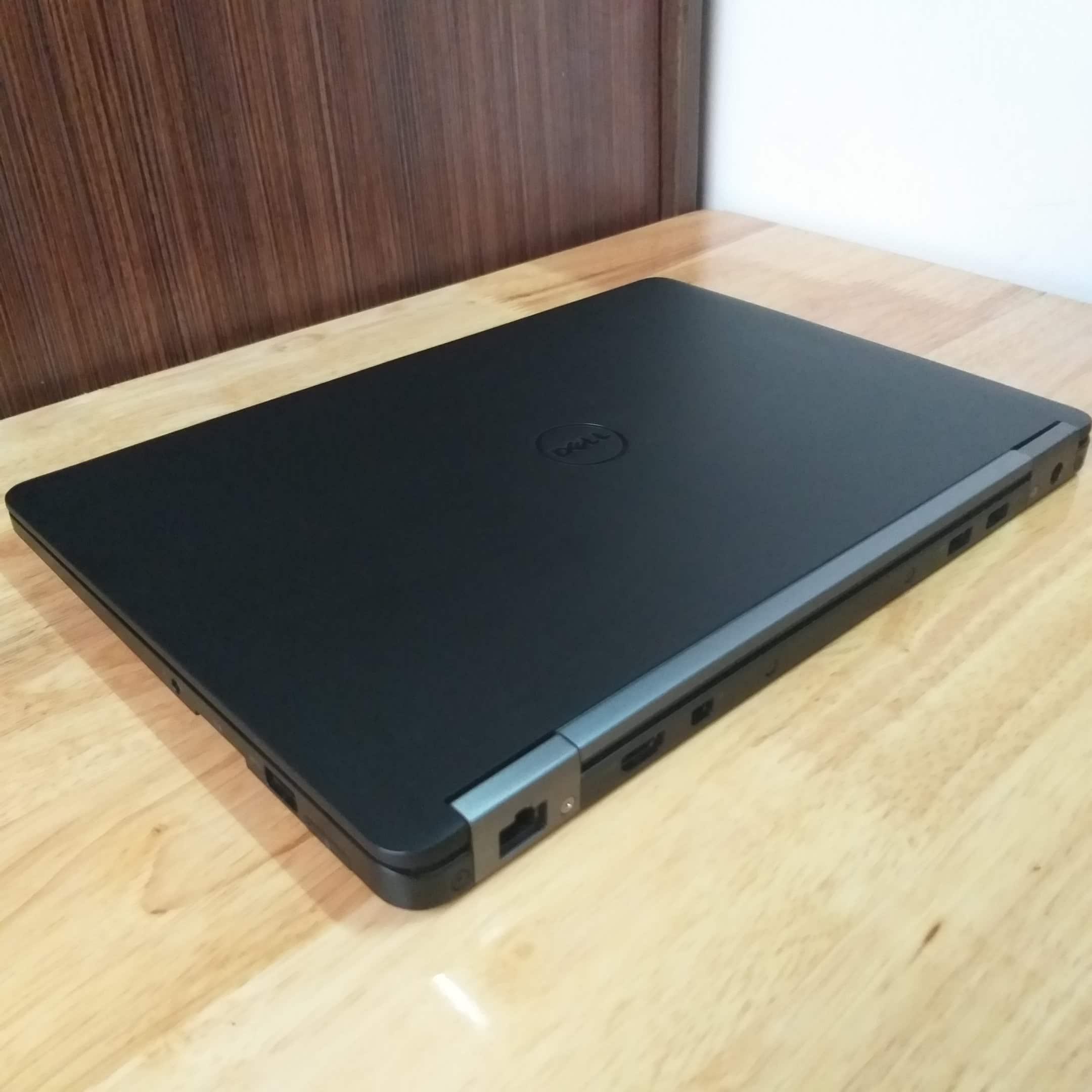 Dell Latitude E7270, I5 6300U RAM 8GB SSD 256GB