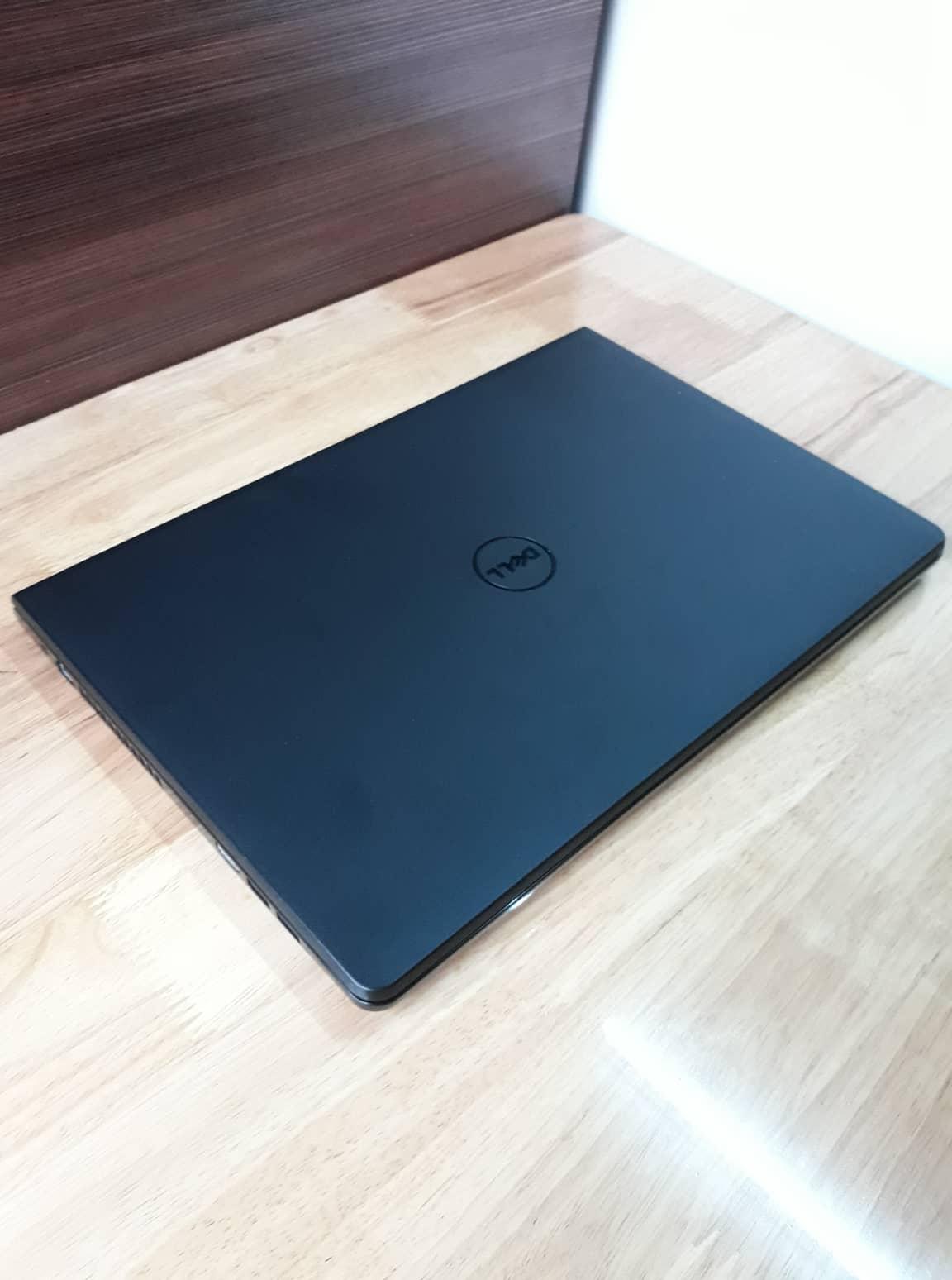Dell inspiron 3567, I5 7200U RAM 8GB SSD 256GB VGA AMD M330 6GB