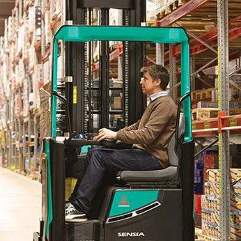 Reach Truck Ngồi Lái 2,5 tấn