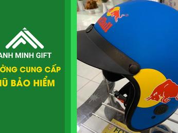 Nên sử dụng mũ bảo hiểm nửa đầu hay mũ ¾ ? So sánh giá mũ bảo hiểm 2 loại mũ đó.