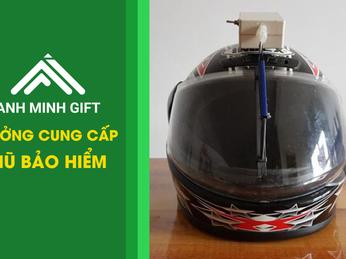 Bí kíp giúp kính các loại mũ bảo hiểm không đọng nước khi đi mưa và cách làm sạch kính mũ hiệu quả