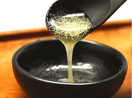 Tẩy mặt gạo (Rice Powder Facial Scrub)- Tẩy sạch chất bẩn một cách an toàn
