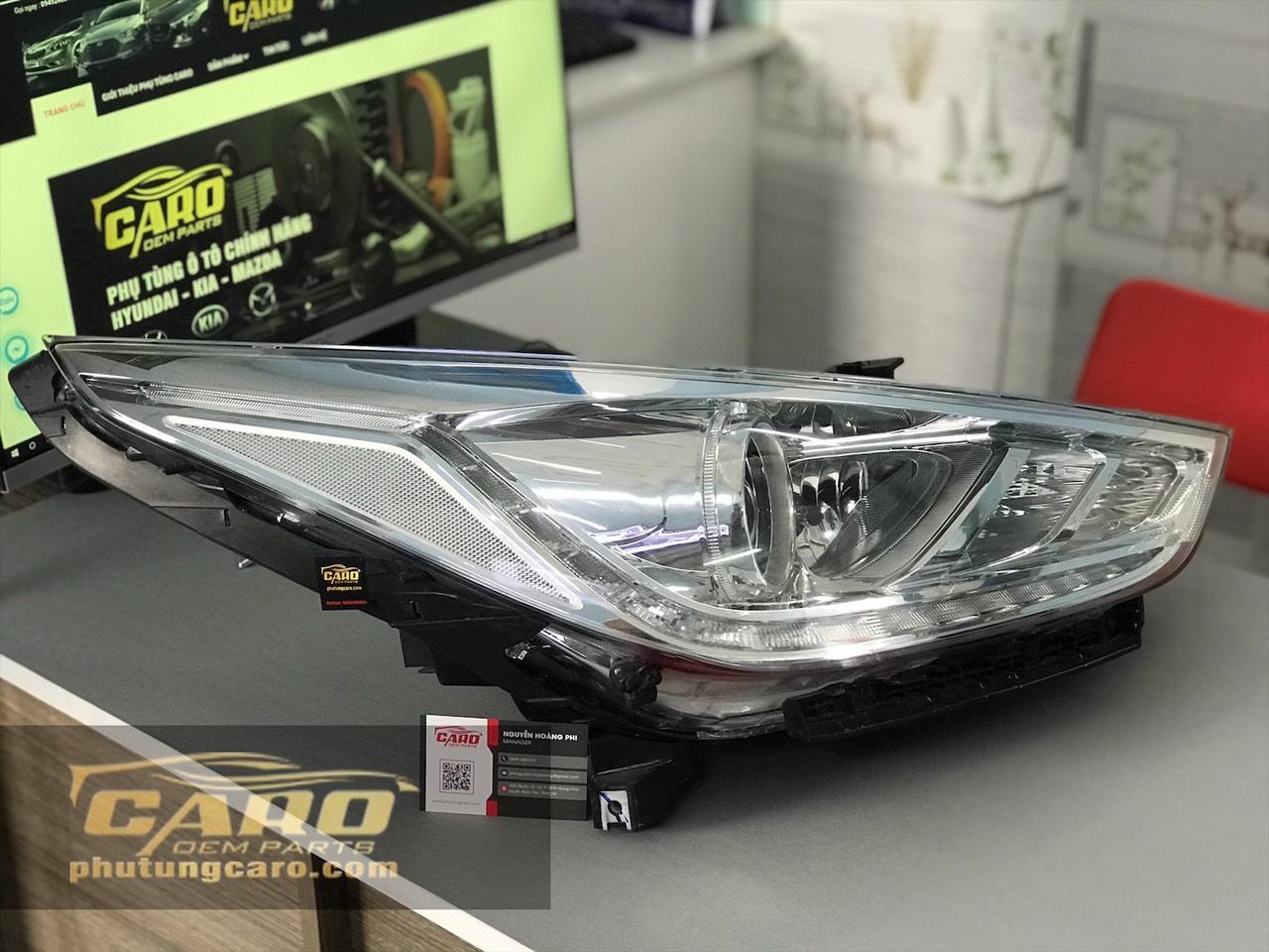 Đèn pha phải Hyundai Accent 2019