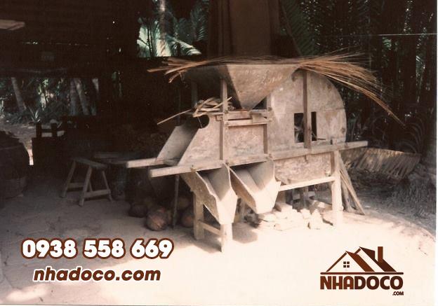 Máy quạt lúa xưa – Nông Cụ Truyền Thống người Việt Nam