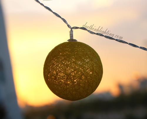 Dây Đèn LED Trái Châu Cotton Vàng
