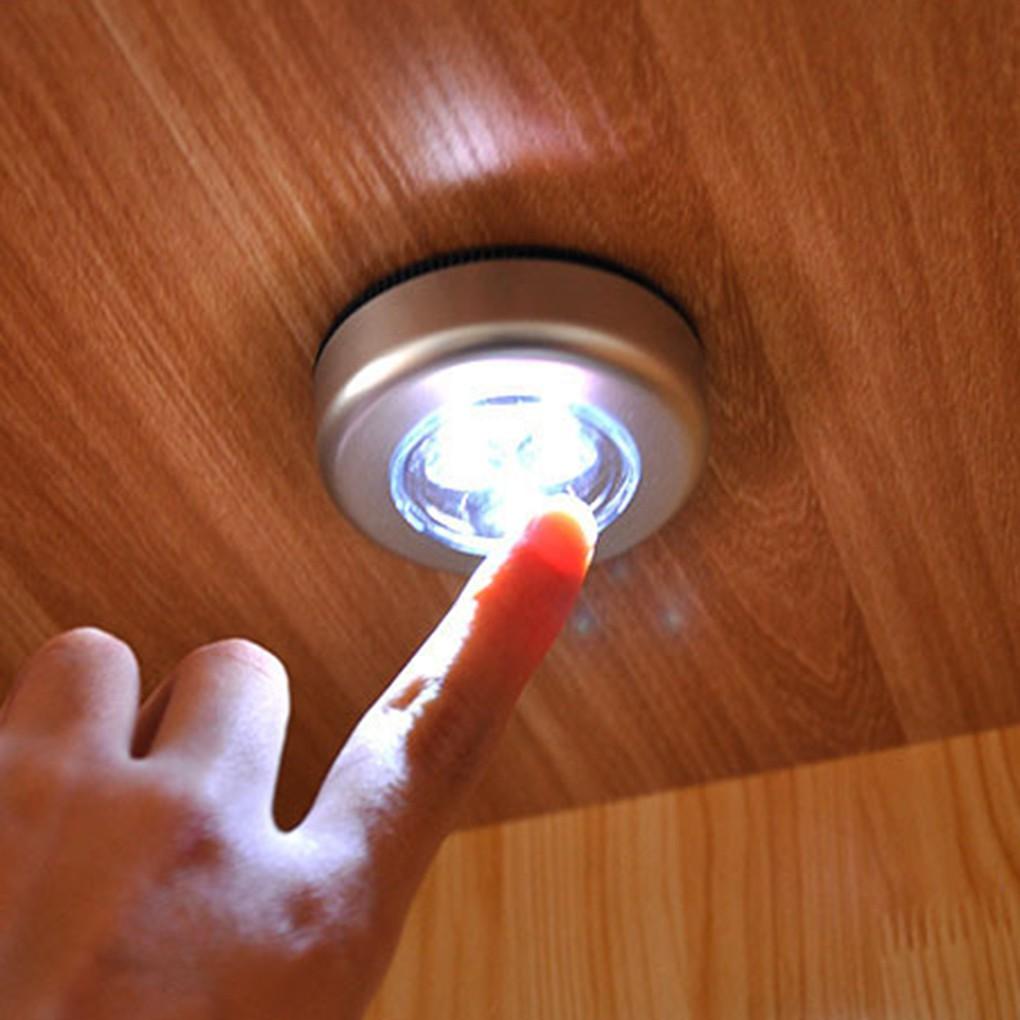 Bộ 3 đèn led dán tường dùng pin