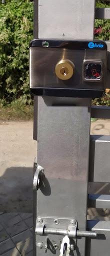 Khóa điện cổng ZIVISO SMART RIM