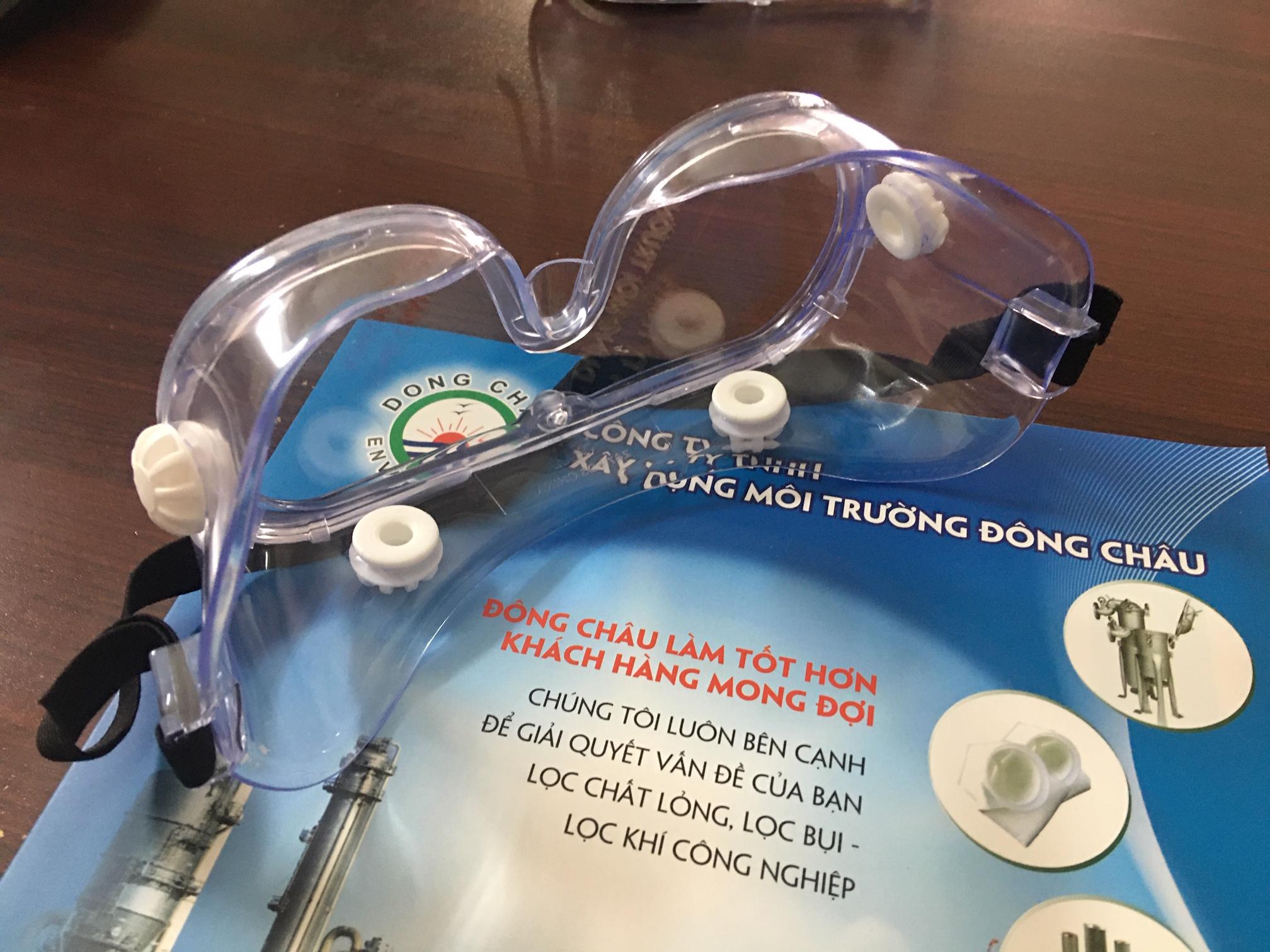 Kính trùm kín mắt chống hóa chất 3M 334-40660