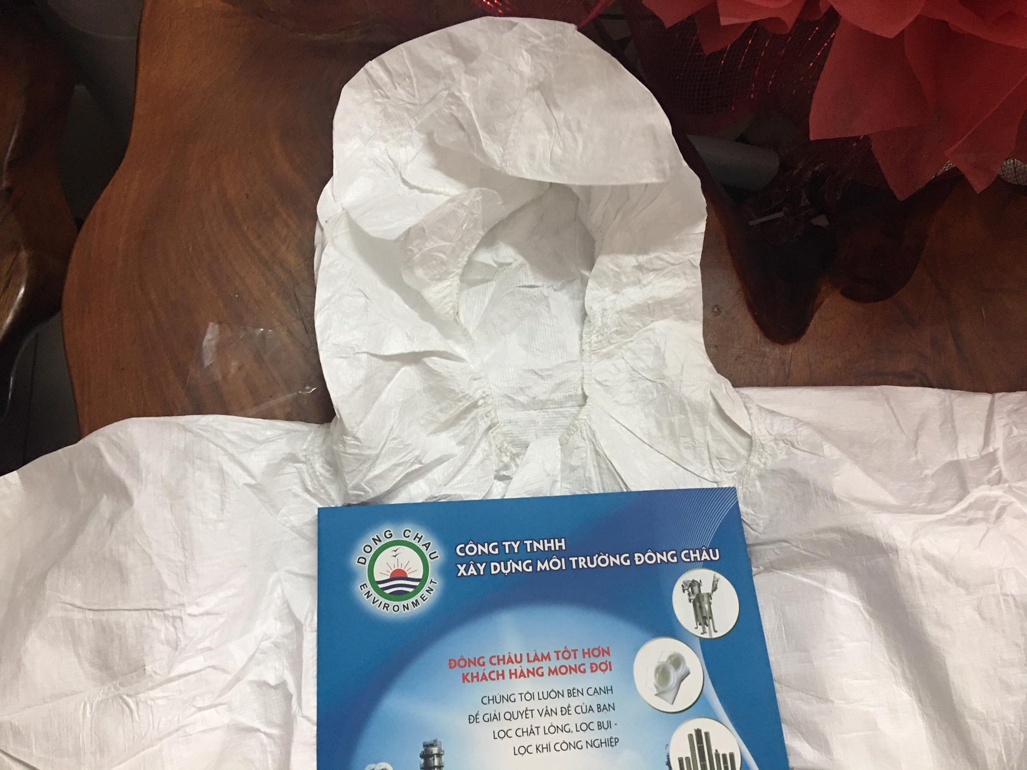 Bộ đồ bảo hộ áo liền quần chống hóa chất Tyvek