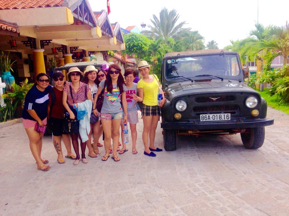 Thuê Xe Jeep Du Lịch Mũi Né