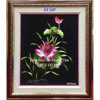 Tranh thêu hoa senOT 2107