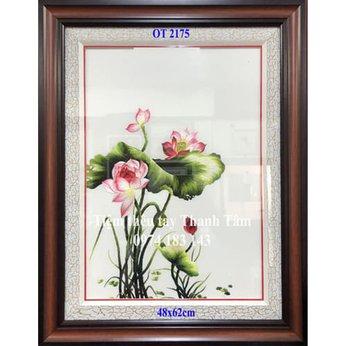 Tranh thêu hoa senOT 2175