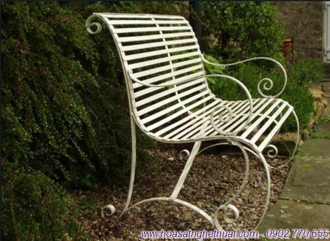 Ghế sân vườn đẹp bằng sắt uốn nghệ thuật phong cách Ý