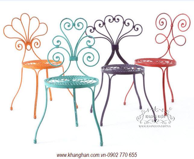 Ghế sắt xinh cho quán café nghệ thuật