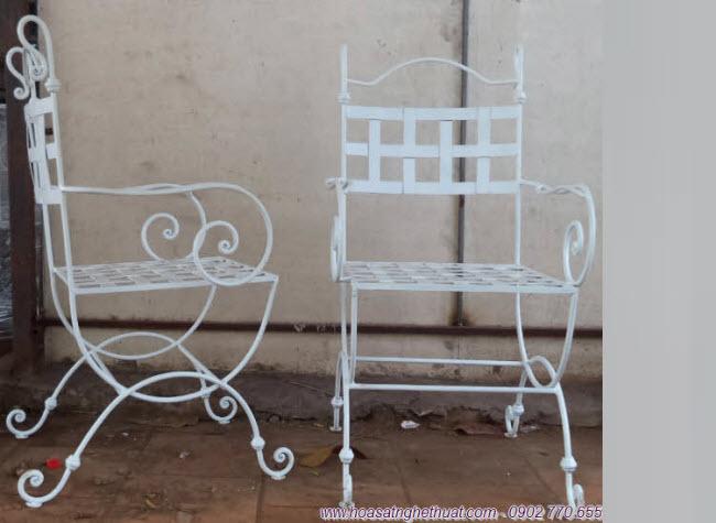 Mẫu ghế sắt nghệ thuật bán chạy nhất năm 2013
