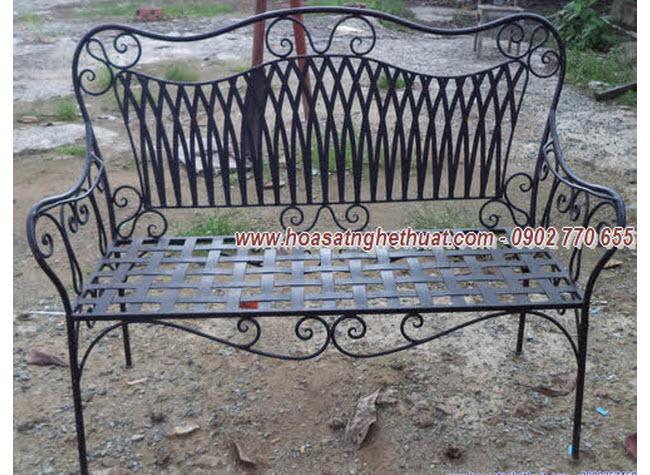 Mẫu ghế băng dài sắt nghệ thuật được chọn nhiều nhất năm 2013