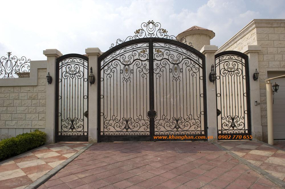 Cổng sắt rèn nghệ thuật Khang Hân
