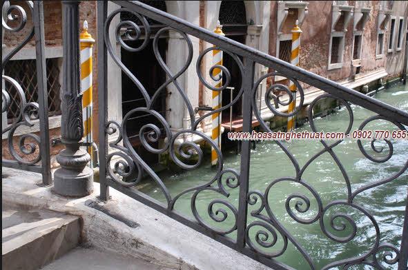 Lan can,cầu thang ấn tượng sắt uốn