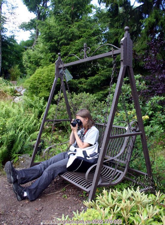 Xích đu sân vườn sắt nghệ thuật