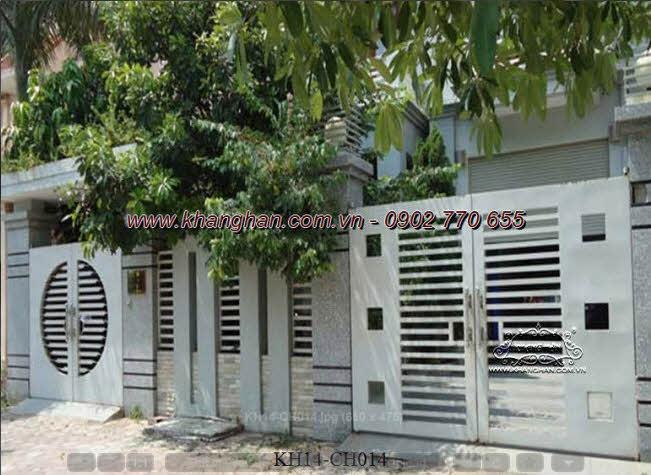 Cổng sắt hộp nghệ thuật cho dãy nhà phố đẹp KH14-CSH014