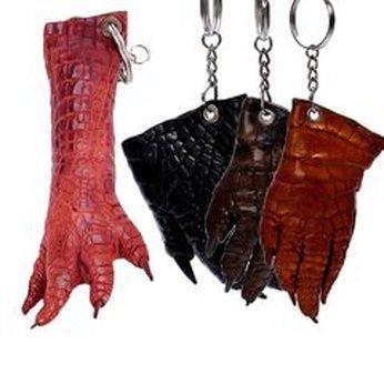 HG8210-11-12-24 - Móc khóa da cá sấu nhiều màu