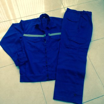 Quần áo bảo hộ kaki xanh bích, túi hộp, có dây phản quang