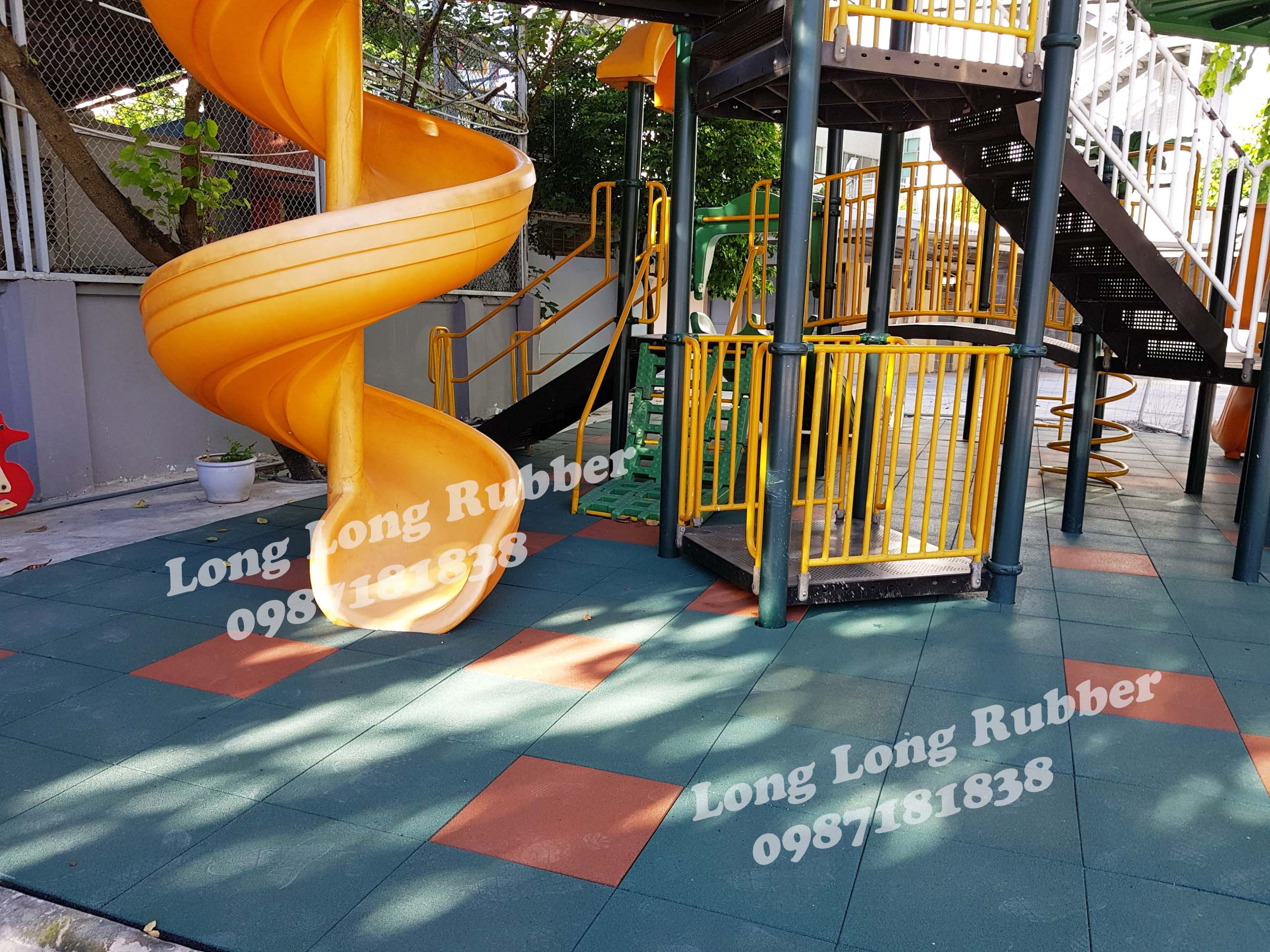 Outdoor Rubber Mats For Gym And