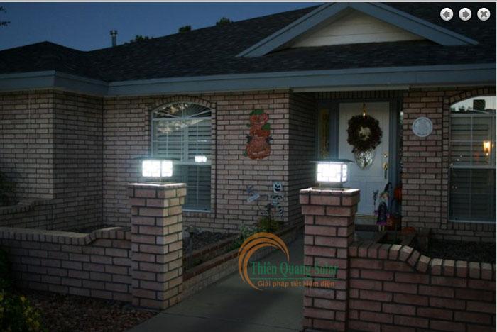 Đèn trụ cổng năng lượng mặt trời TQS-3018 30cm