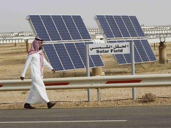 Saudi xây dựng nhà máy điện tái tạo trị giá 50 tỷ USD