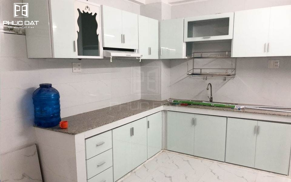 Báo giá và tổng hợp mẫu tủ bếp nhôm kính màu trắng sứ đẹp nhất 2020 – Ưu đãi đến 10%