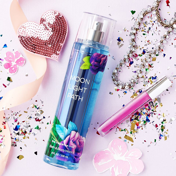Xịt thơm toàn thân Moonlight Path - Bath & Body Works 236ml