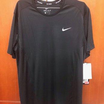 Áo thun nam Nike cổ tròn, tay ngắn AT023