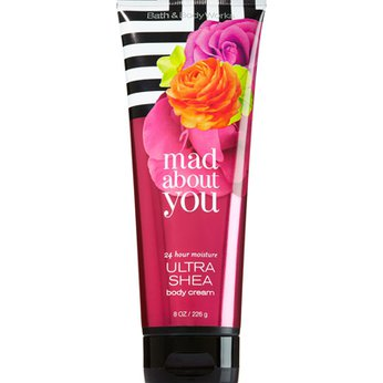 Kem Dưỡng Thể Mad About You - Bath And Body Works 226g