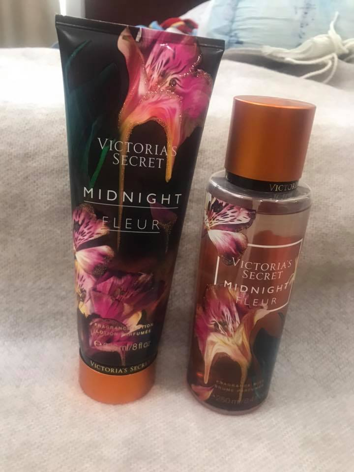 Dưỡng & Xịt toàn thân Midnight Fleur Victoria's Secret