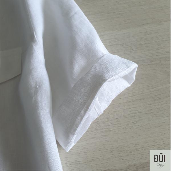 Áo đũi nam cài khuy cổ bẻ tay lỡ 2 túi trắng